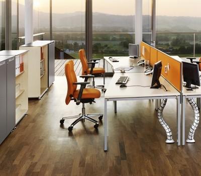 irodabútor és szék